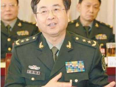 """房峰辉将军 中国军队一颗耀眼的""""将星"""""""