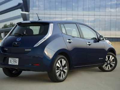 leaf电动车 日产LEAF推出新车款电池容量达30kWh
